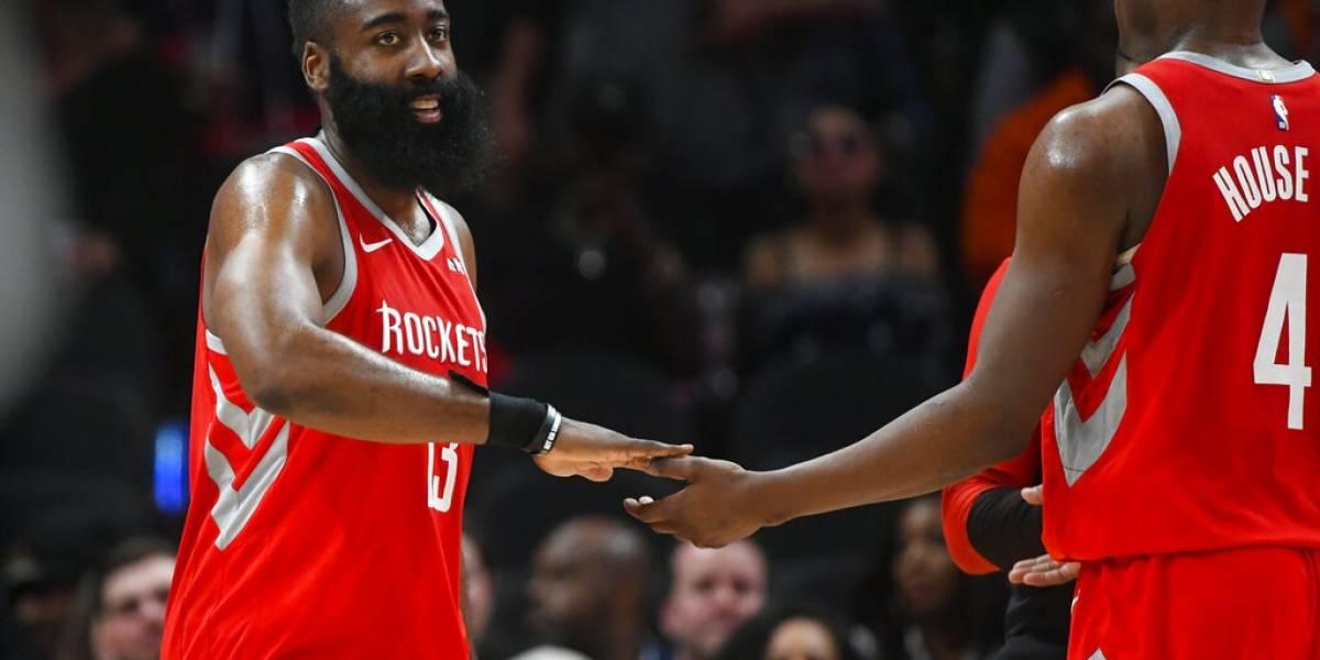Harden y Capela llevan a Rockets a triunfo fácil