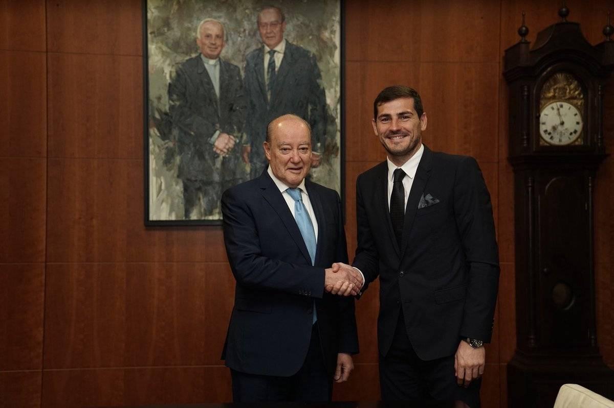 Casillas renueva su contrato con el Porto