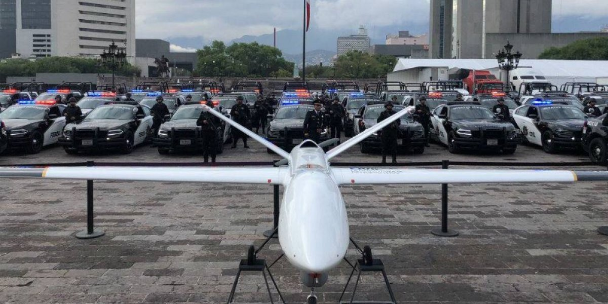 'El Bronco' presume dron de 54 mdp que entregó a la Fuerza Civil