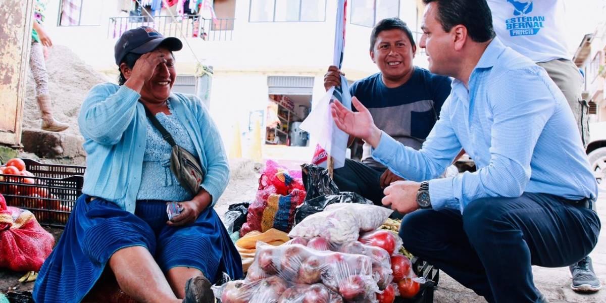 Esteban Bernal busca la Prefectura de Azuay para generar obras de verdad