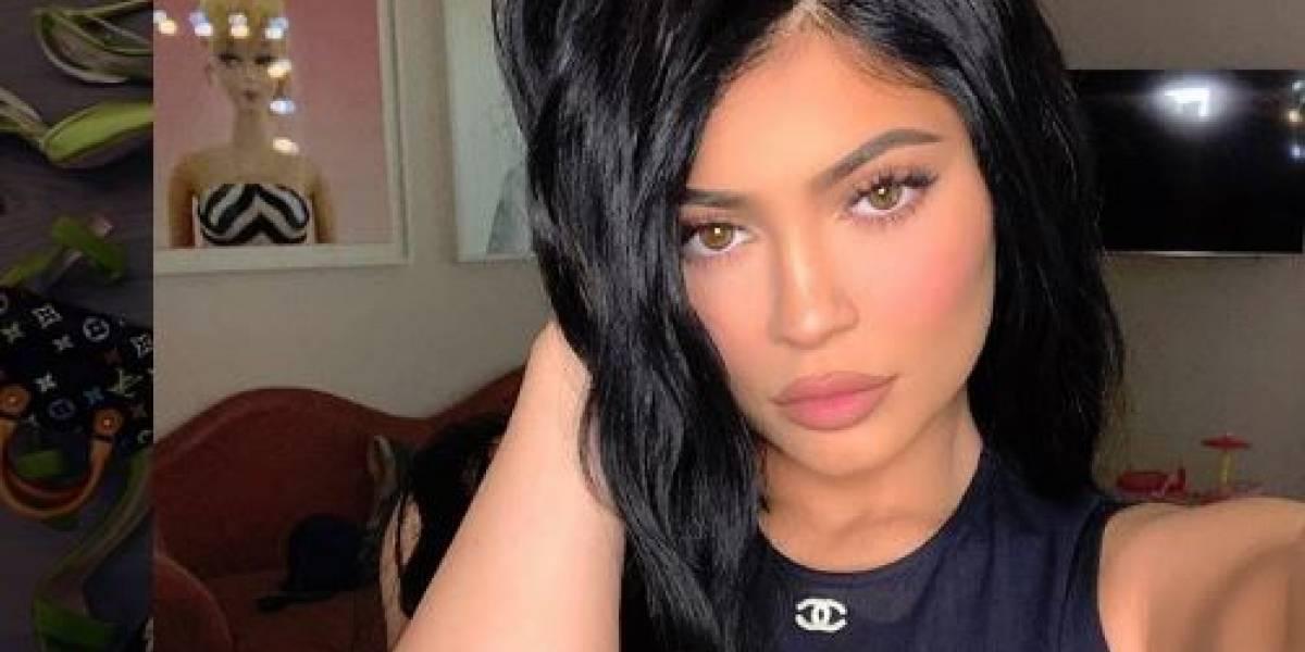 """El """"descuido"""" en un atuendo de Kylie Jenner que encendió sus redes sociales"""