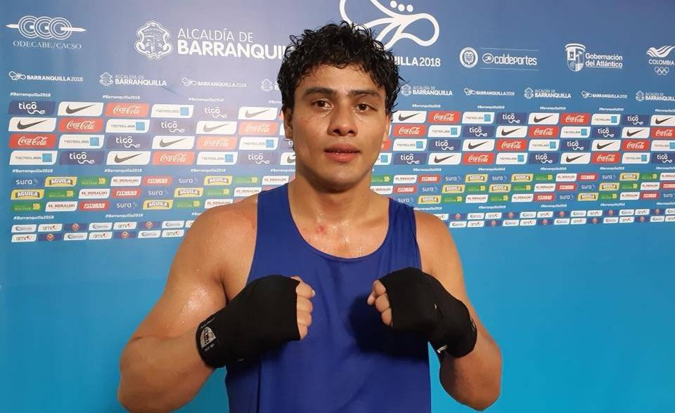 Lester Martínez alista su debut profesional