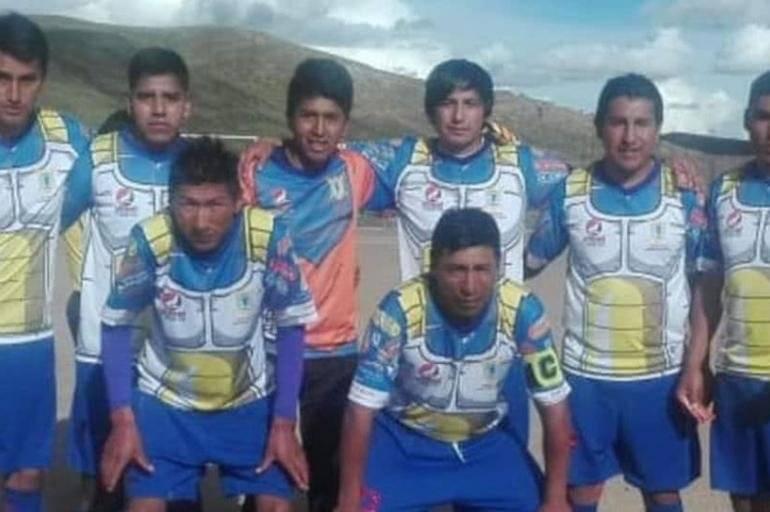 Deportivo Los Sayayines - A equipe amadora do Peru conseguiu mostrar ao mundo que a criatividade humana não tem fim. Eles são os mais novos integrantes da lista, com o uniforme tendo viralizado neste março de 2019. Reprodução/ Arquivo- El tiempo