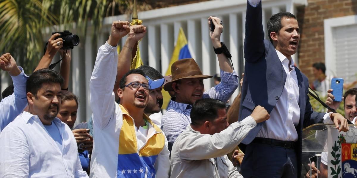 """""""Maduro no se atreve a encarcelarme"""": Guaidó desafía al régimen tras la detención de sus asesores"""