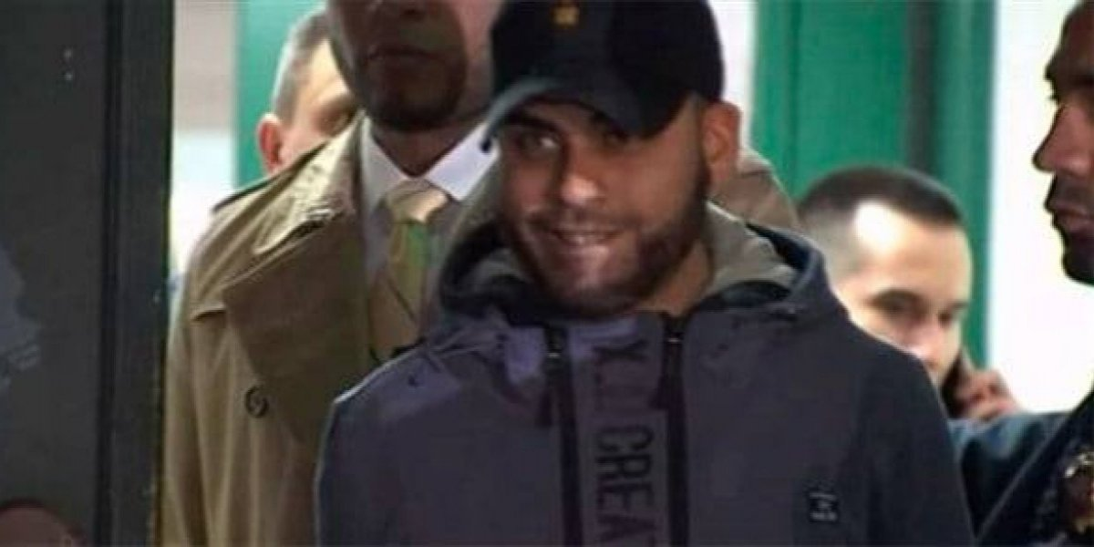Hombre sonríe tras provocar muerte de su hijo a golpes