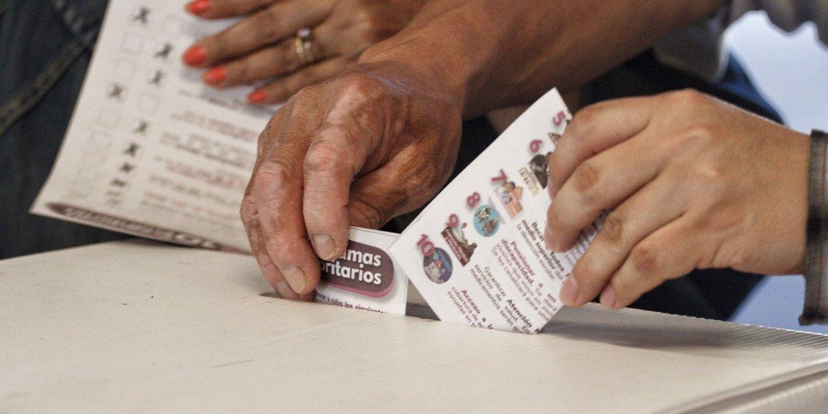 Revocación de mandato podría aplicar para gobernadores y alcaldes: AMLO