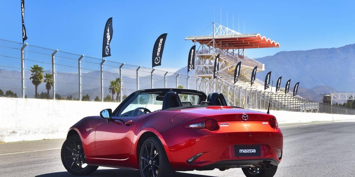 Mazda extiende la moda de los descapotables con el nuevo MX-5