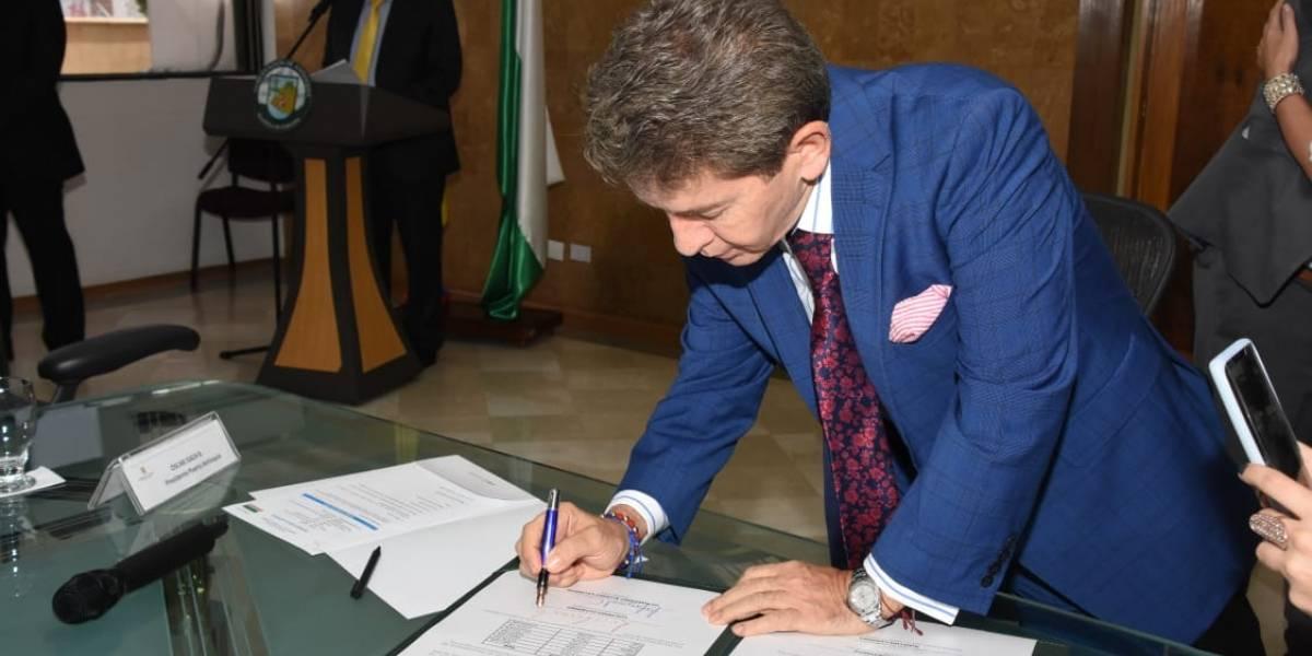 Se firmó el acuerdo para la construcción de Puerto Antioquia