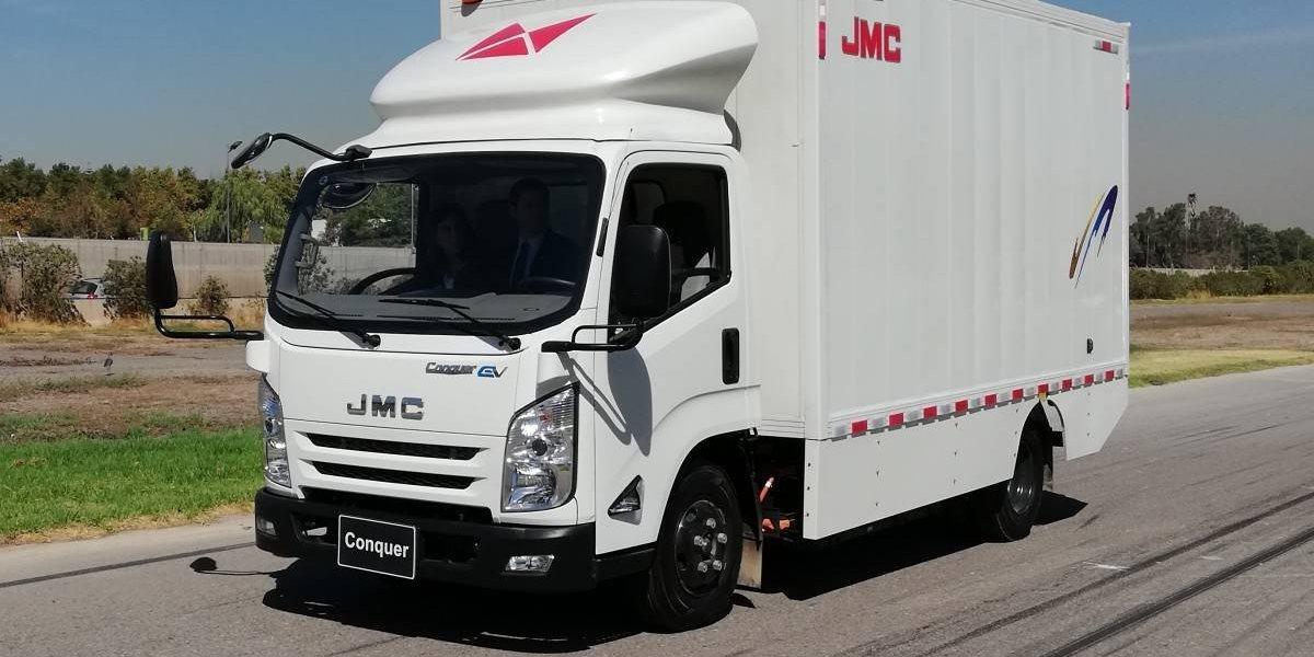 JMC vuelve a Chile con el primer camión eléctrico urbano