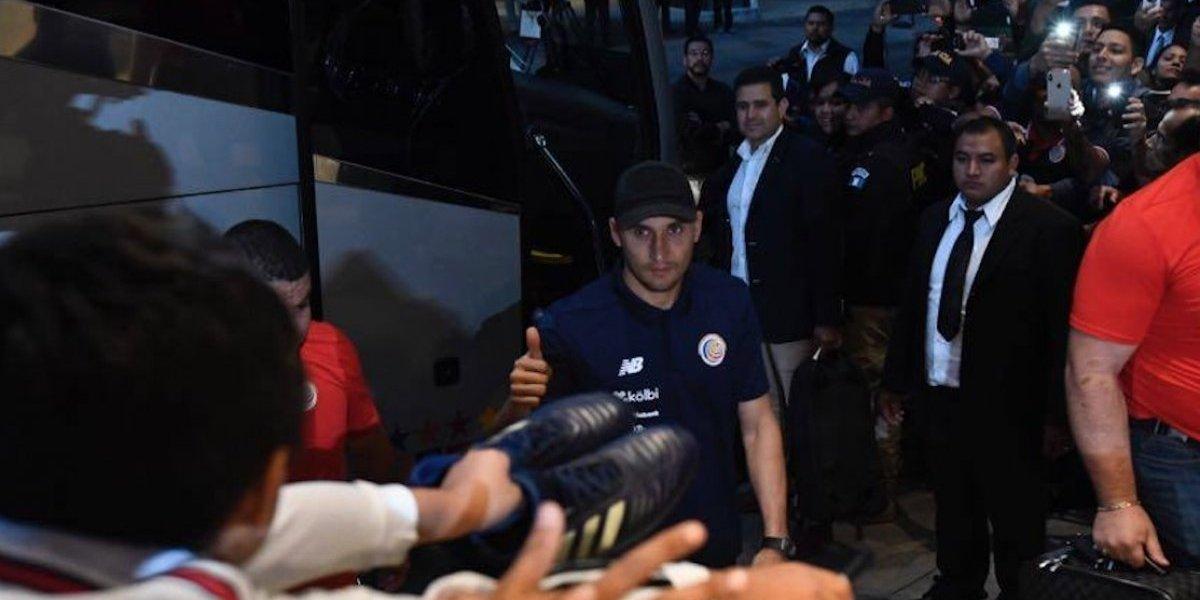 VIDEO. Junto a su estrella, Keylor Navas, la selección costarricense arriba a Guatemala