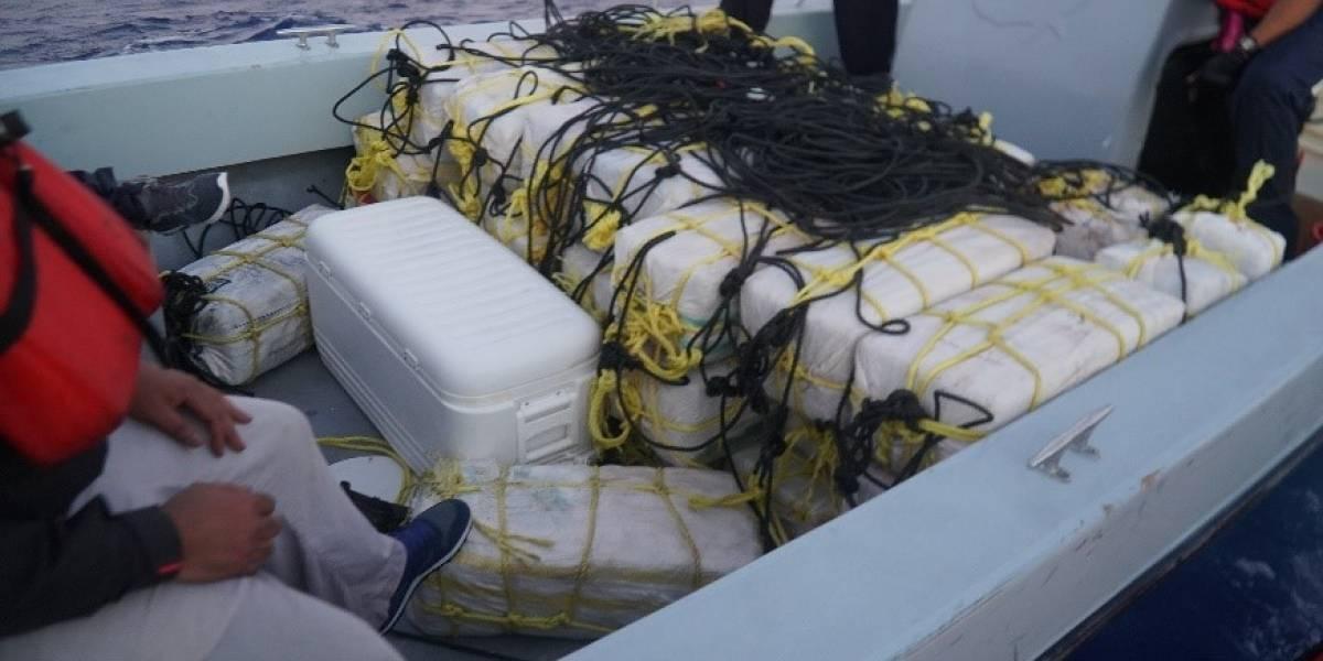 Federales arrestan a tres dominicanos en embarcación con 1140 kilos de cocaína en Loíza