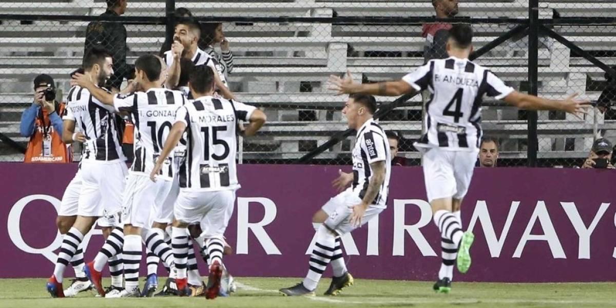 Christian Bravo fue figura y anotó un gol en el triunfo de Montevideo Wanderers en la Sudamericana