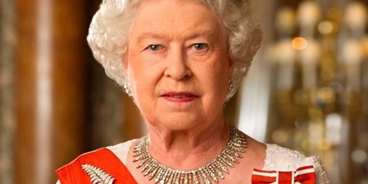 La desgarradora razón por la que la reina Isabel y su esposo esperaron 10 años antes de tener otros hijos