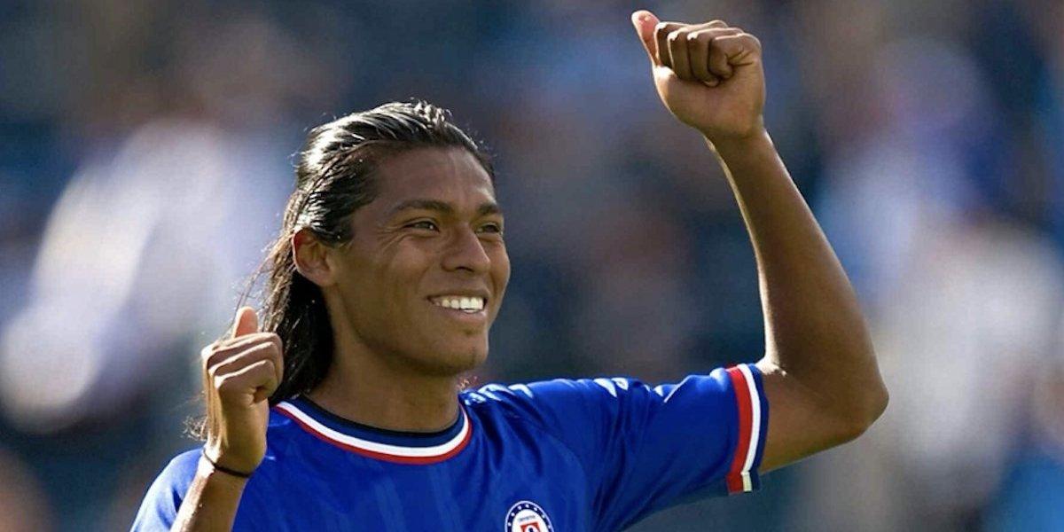 Joel Huiqui regresa a Cruz Azul