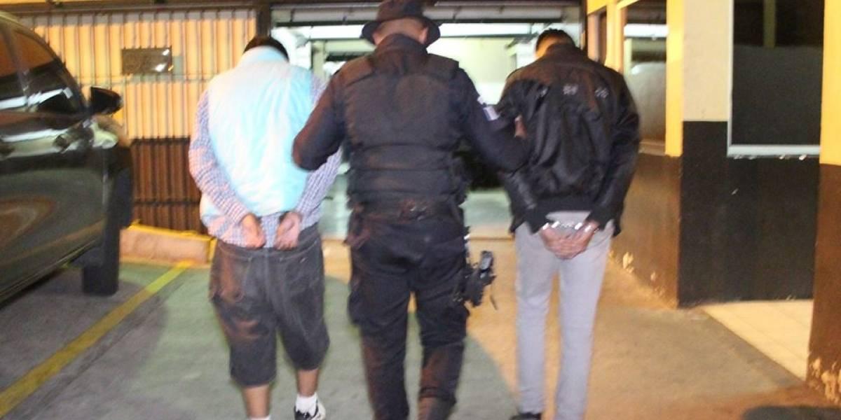 PNC remite a menores señalados de herir de bala a un hombre en Mixco