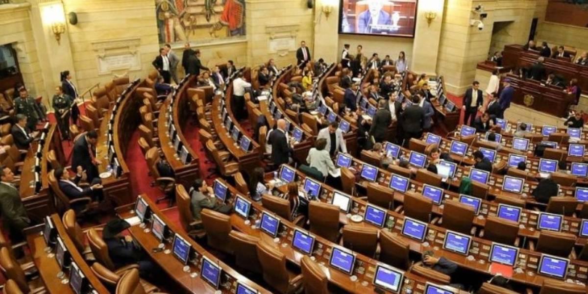 Sí investigarán a estos congresistas por faltar a las plenarias