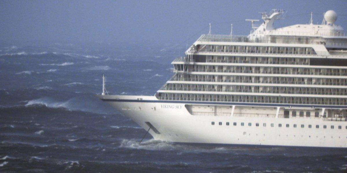 La espectacular evacuación de 1.300 pasajeros de un crucero en Noruega