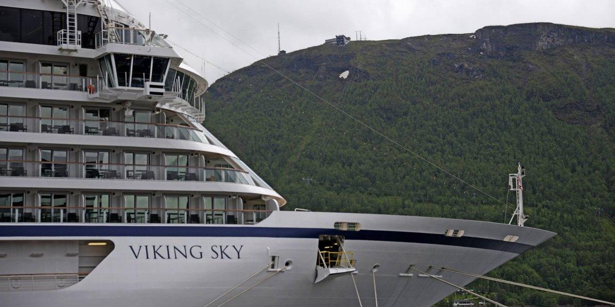 Crucero en costa de Noruega pide ayuda y evacúa a pasajeros