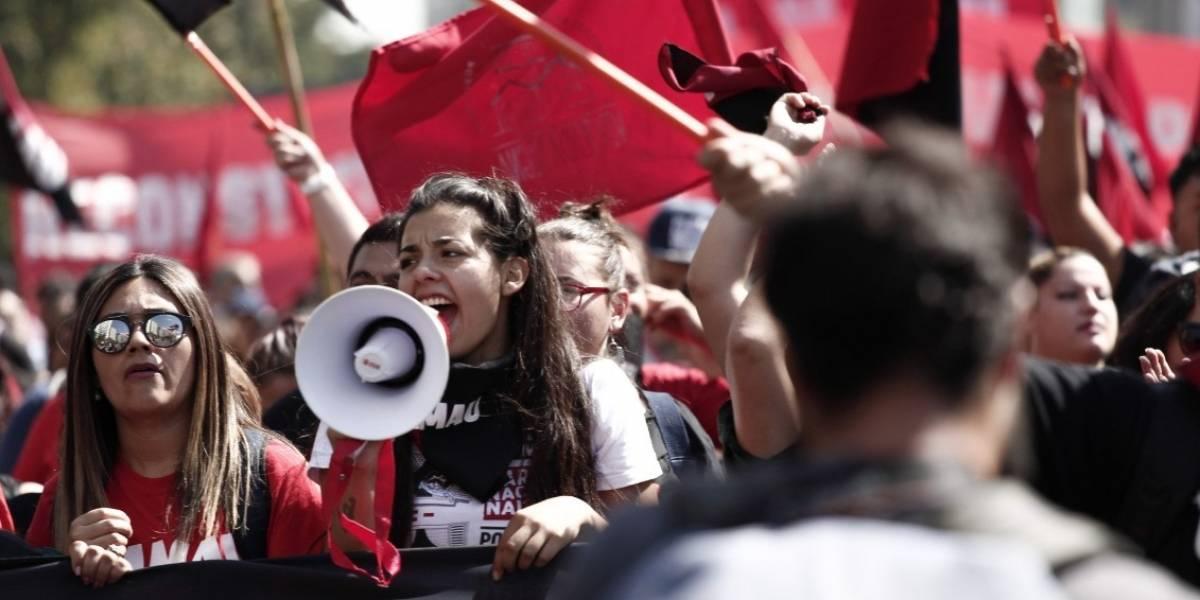 Tras violentas cifras sobre aumento de campamentos en Chile: 10 mil personas congregó marcha por el Derecho a la Vivienda y la Ciudad