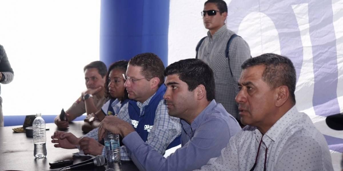 El vicepresidente Otto Sonnenholzner acudió a el Pinar en Quito tras deslave