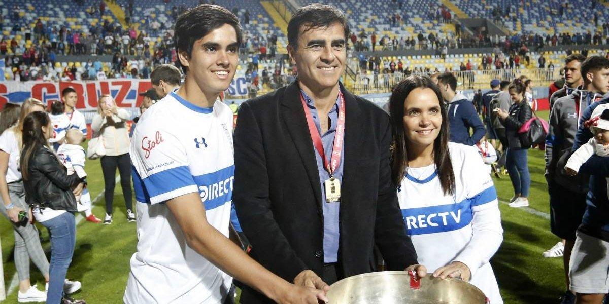"""El festejo de Gustavo Quinteros en el supercampeón UC: """"Tenemos más de 11 titulares en el equipo"""""""