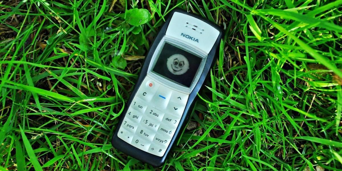 """Hora de decirle adiós a los """"celulares flecha"""" próximamente dejarían de funcionar las redes 2G"""