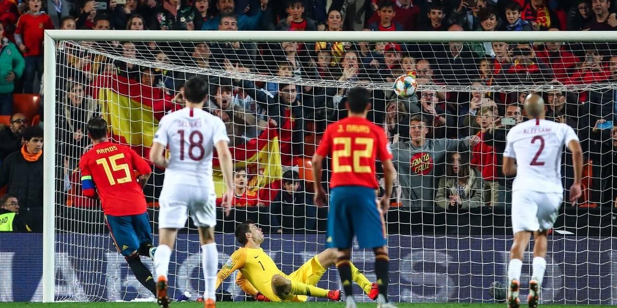 España e Italia sufrieron más de la cuenta para debutar ganando en las Clasificatorias de la Euro 2020