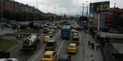 ¿Cómo está el tráfico en la Mariscal Sucre tras deslave en el Pinar?