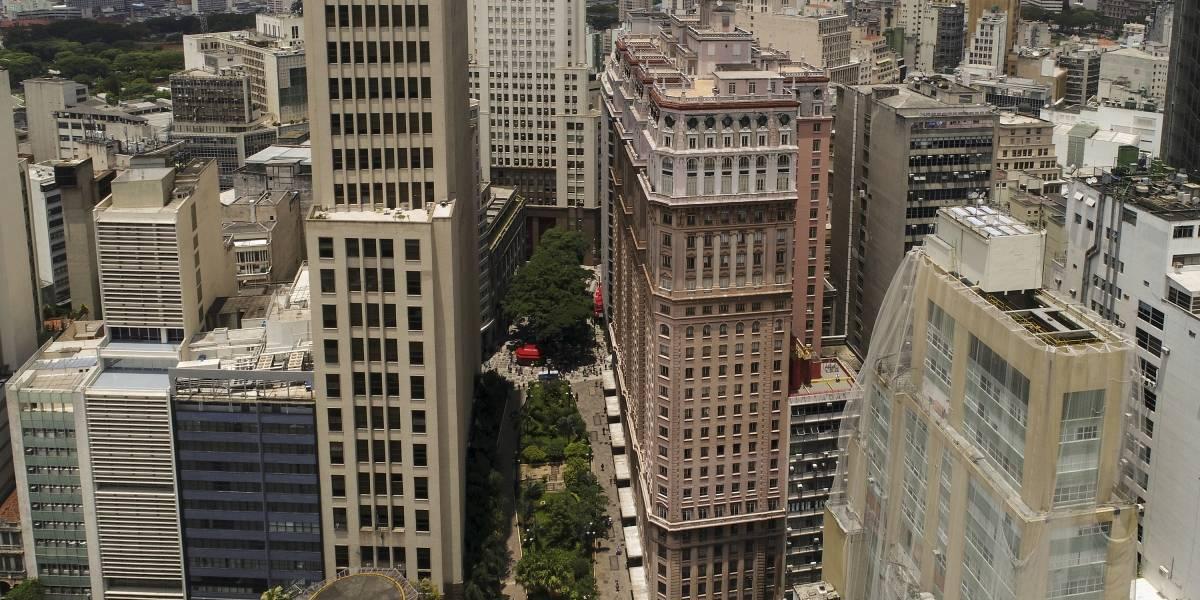 Prefeitura dá 'carona' de subprefeituras para passeio turístico pelo centro histórico de São Paulo