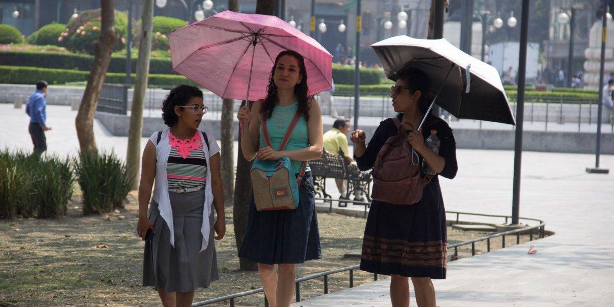 Prevén lluvias dispersas y ambiente cálido en gran parte de México