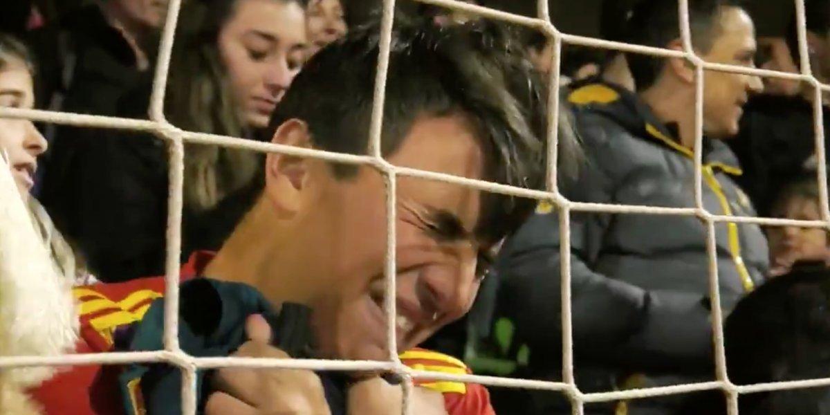 VIDEO: La emotiva reacción de un aficionado tras un gran gesto de Sergio Ramos