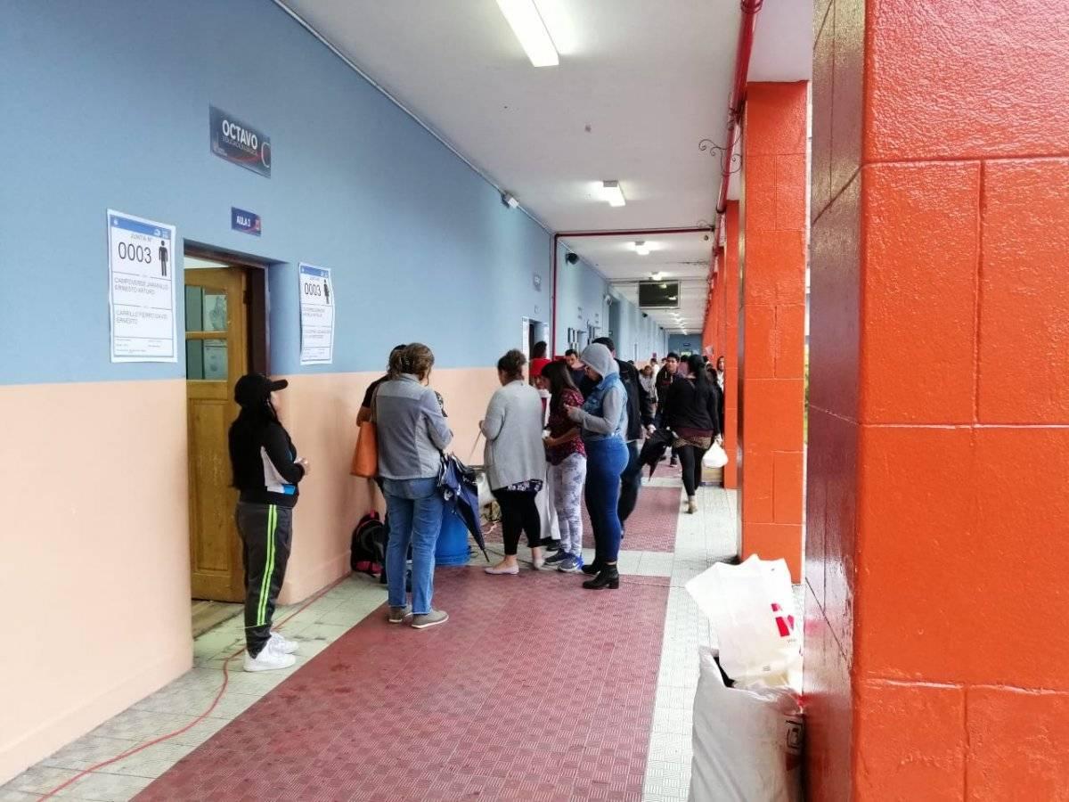 Elecciones 2019: Lo que pasó con las personas que llegaron atrasadas a las urnas Metro Ecuador/ Jonathan Yela