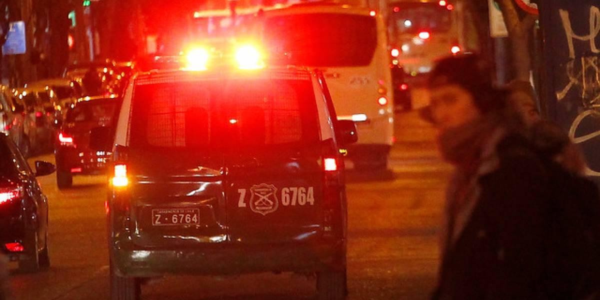"""Ex carabinera y su familia sufrieron """"encerrona"""" en Ñuñoa: les robaron vehículo"""