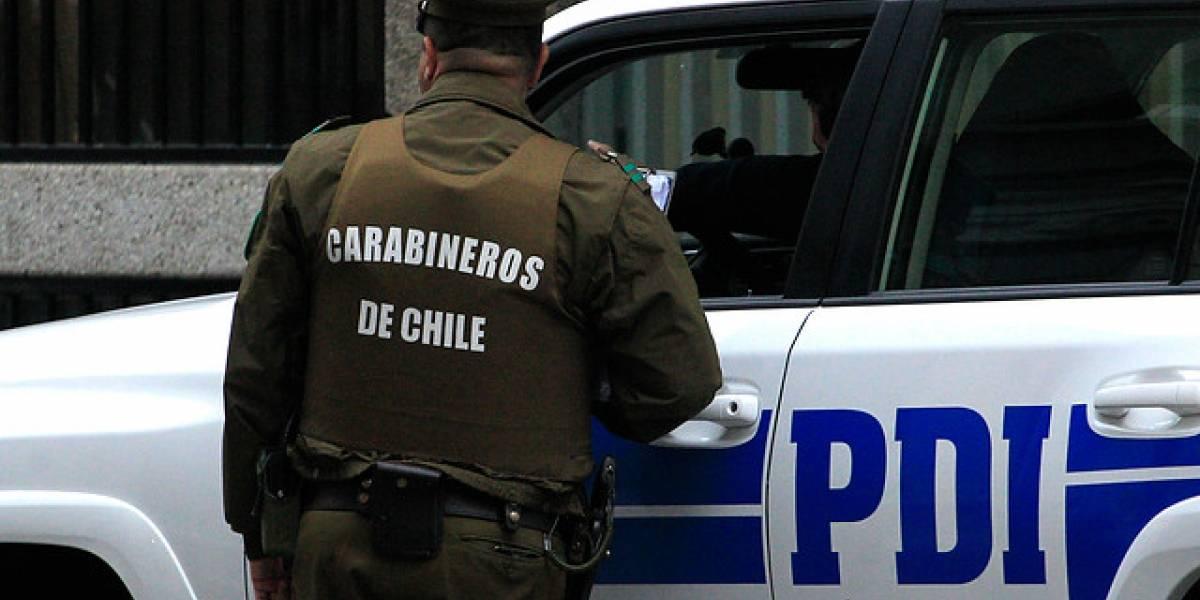 Detective frustra a balazos robo a empresa en Ñuñoa: fue alertado por sus vecinos a través de WhatsApp