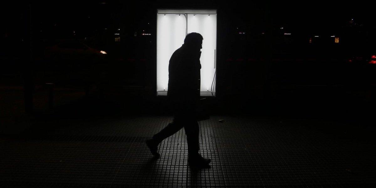 Suicidios en espacios públicos: expertos dan cuenta del nuevo fenómeno que se hace visible en Santiago