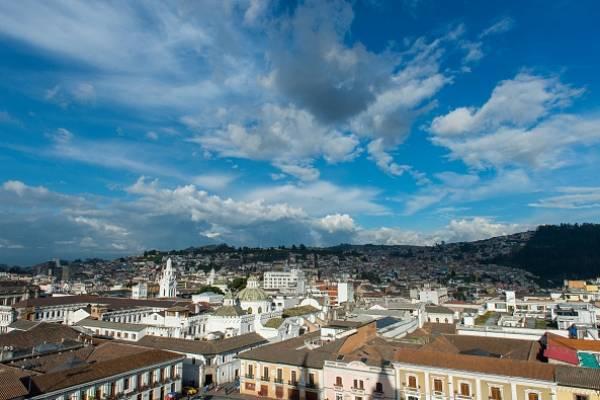 BID otorgará 87 millones de créditos para Quito