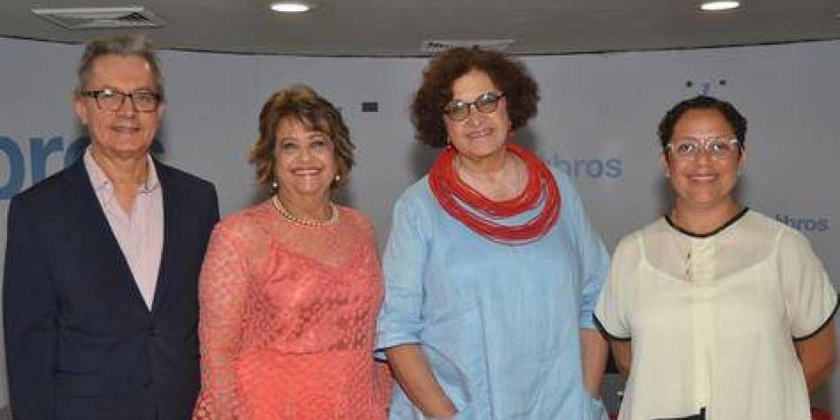 """Un """"Café Literario"""" en honor a la escritora puertorriqueña Julia de Burgos"""
