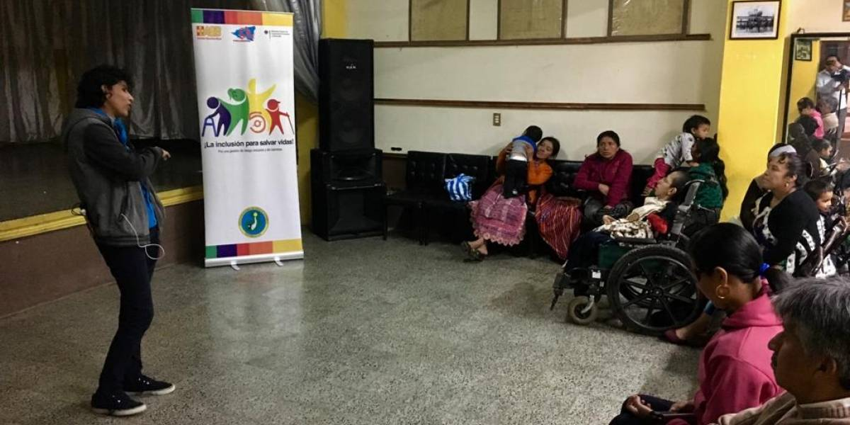 Totonicapán: Impulsan taller para personas con discapacidad