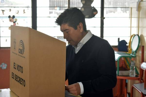 Elecciones 2019: Jorge Yunda obtuvo 28.05% de votos para la Alcaldía de Quito; Mauricio Rodas le envió un mensaje