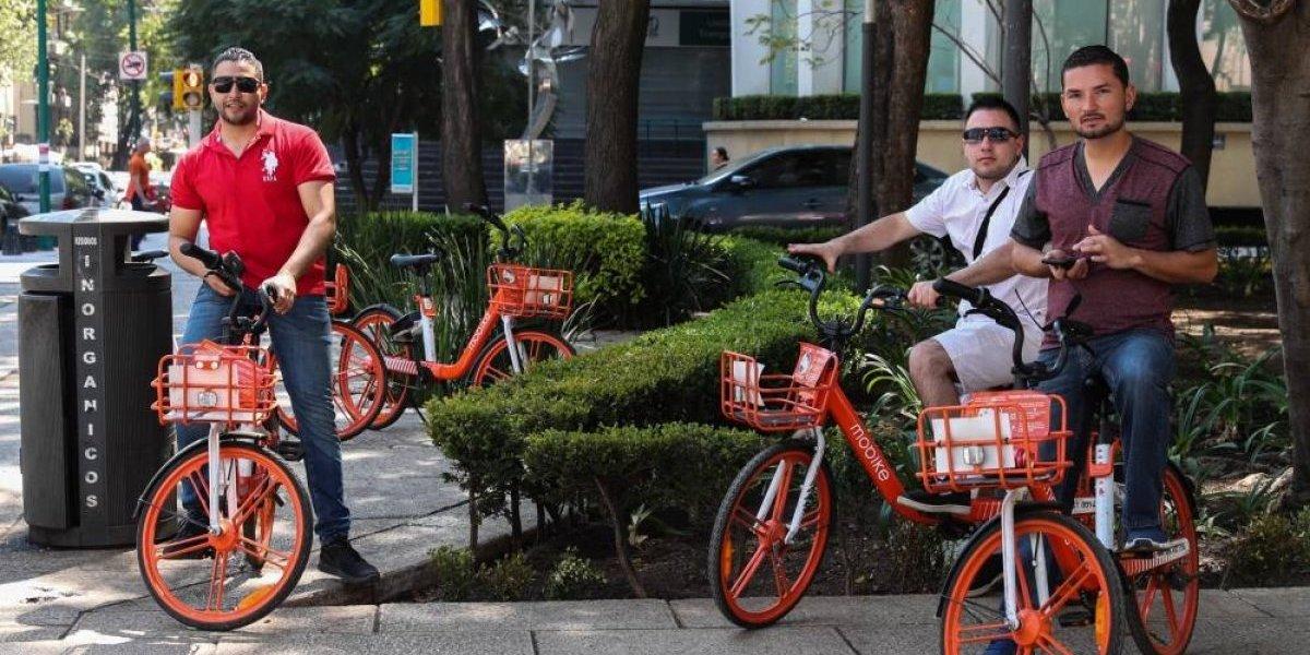 Sheinbaum aclara que monopatines ni bicicletas circularán en banquetas