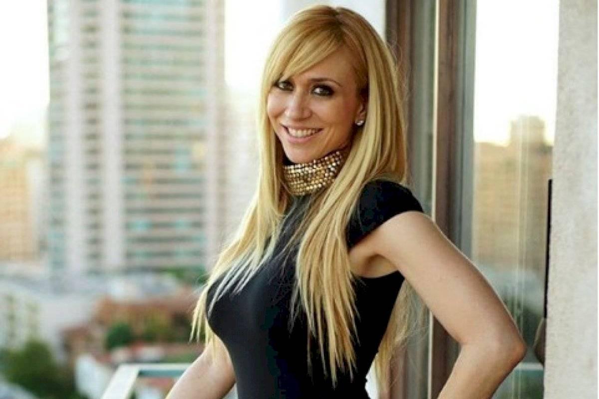 Acytriz Porno Noelia sin censura y sin ropa noelia promociona el estreno de su