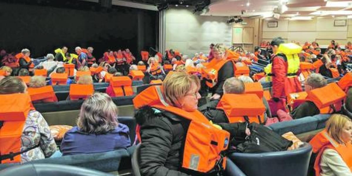 La travesía del crucero noruego que se convirtió en una pesadilla como el Titanic