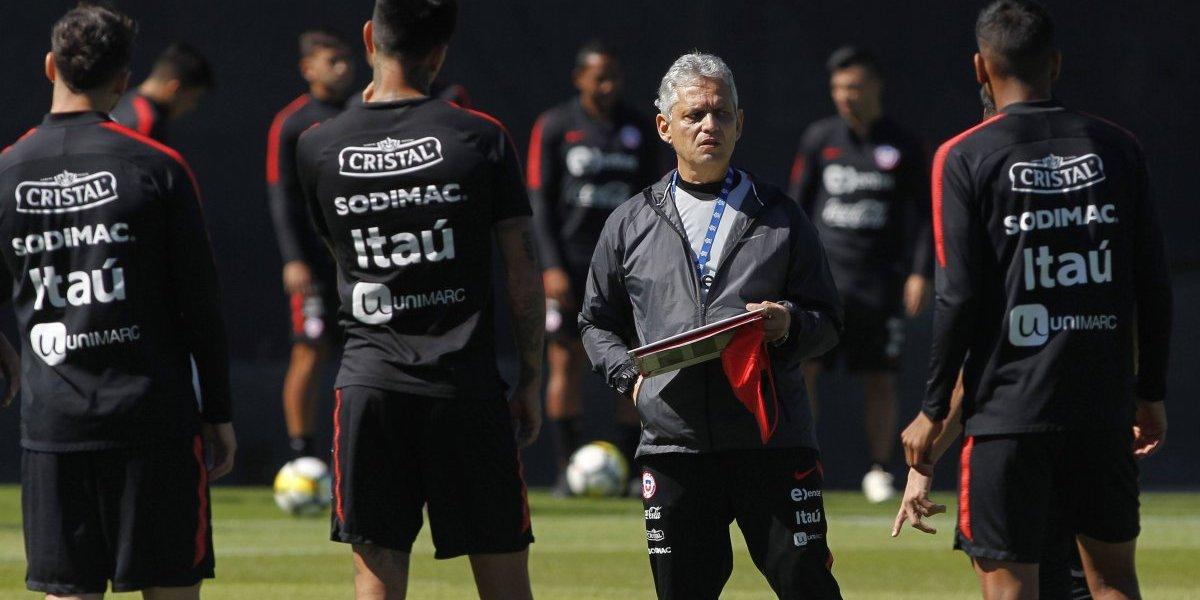 Rueda no encuentra el equipo y vuelve a mover el tablero de la Roja con tres cambios en la formación ante Estados Unidos
