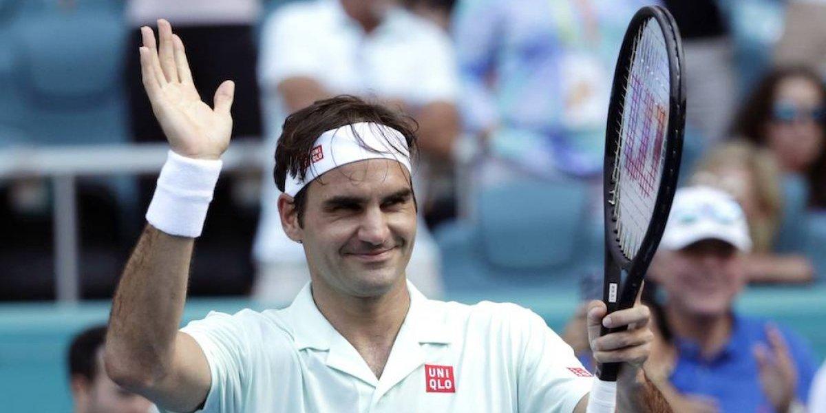 Federer se instala sin problemas en octavos del Abierto de Miami