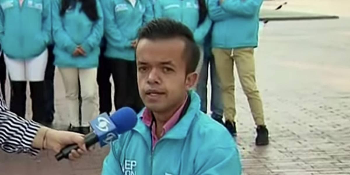 """Motociclista insultó a funcionario público diciéndole """"enano hij#&;%?$"""" y lo """"acribillaron"""" en redes"""