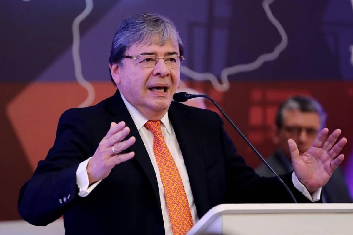 Lo amenazó? Las fuertes palabras de Carlos Holmes Trujillo a Petro que  causaron preocupación | Publimetro Colombia