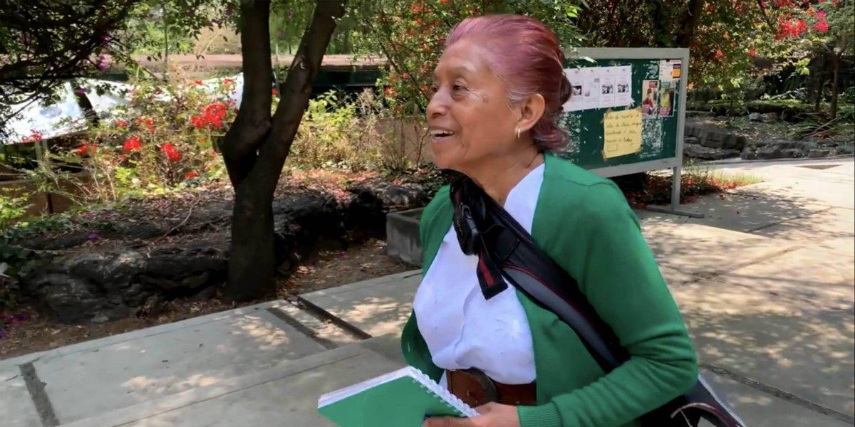 Elvira, la mujer que regresó a terminar el CCH a los 63 años