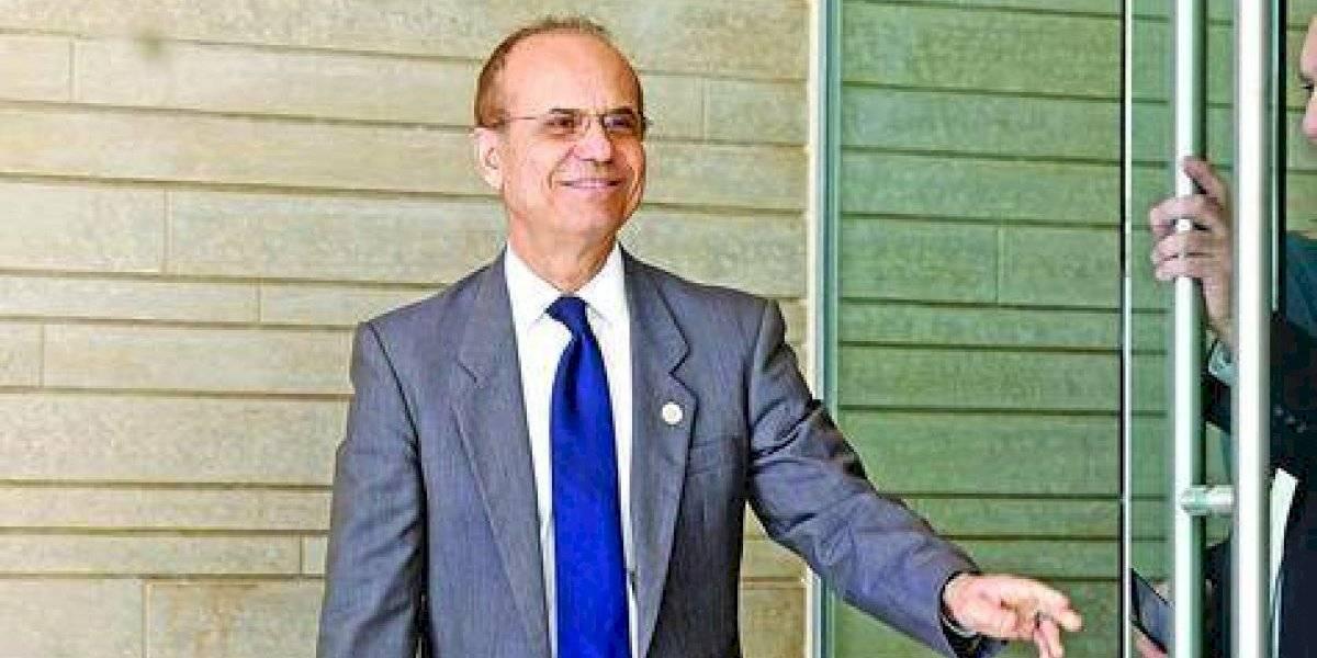 Administración UPR rechaza solicitud de renuncia al presidente Haddock