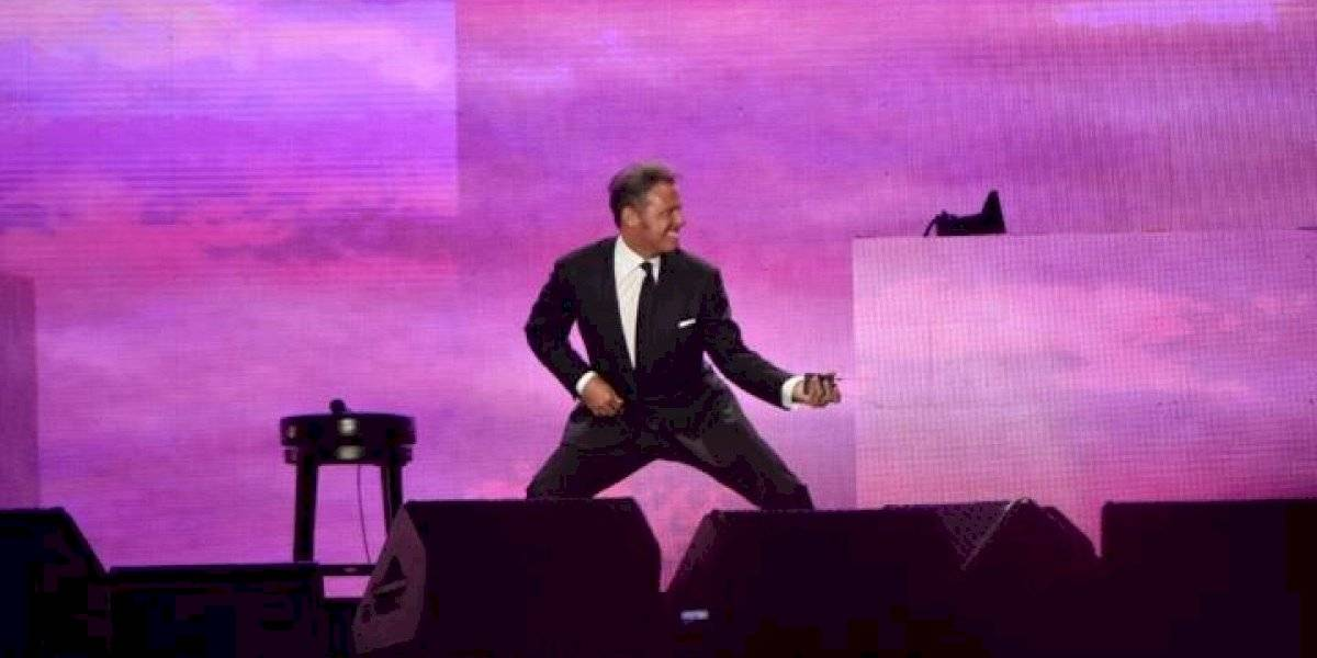 VIDEO. Fan enamorado le pide matrimonio a Luis Miguel en pleno concierto