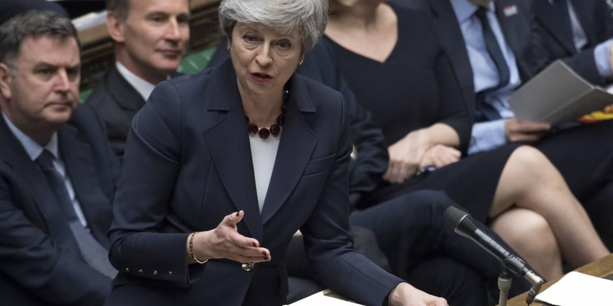"""Parlamento Británico aprueba retrasar el """"brexit"""" más allá del 29 de marzo"""